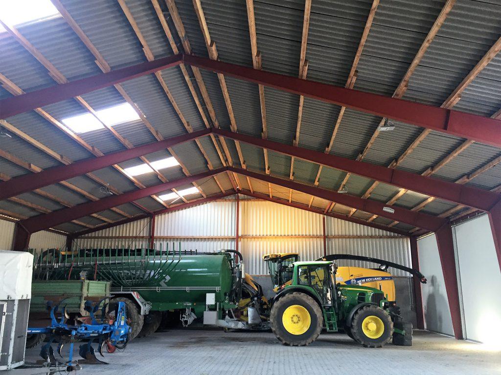 Landwirtschaftliche Maschinenhalle