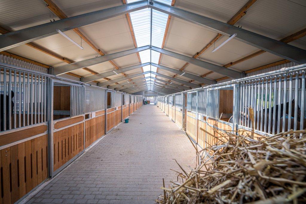 Reitanlage Amelsbüren, Pferdestall 1