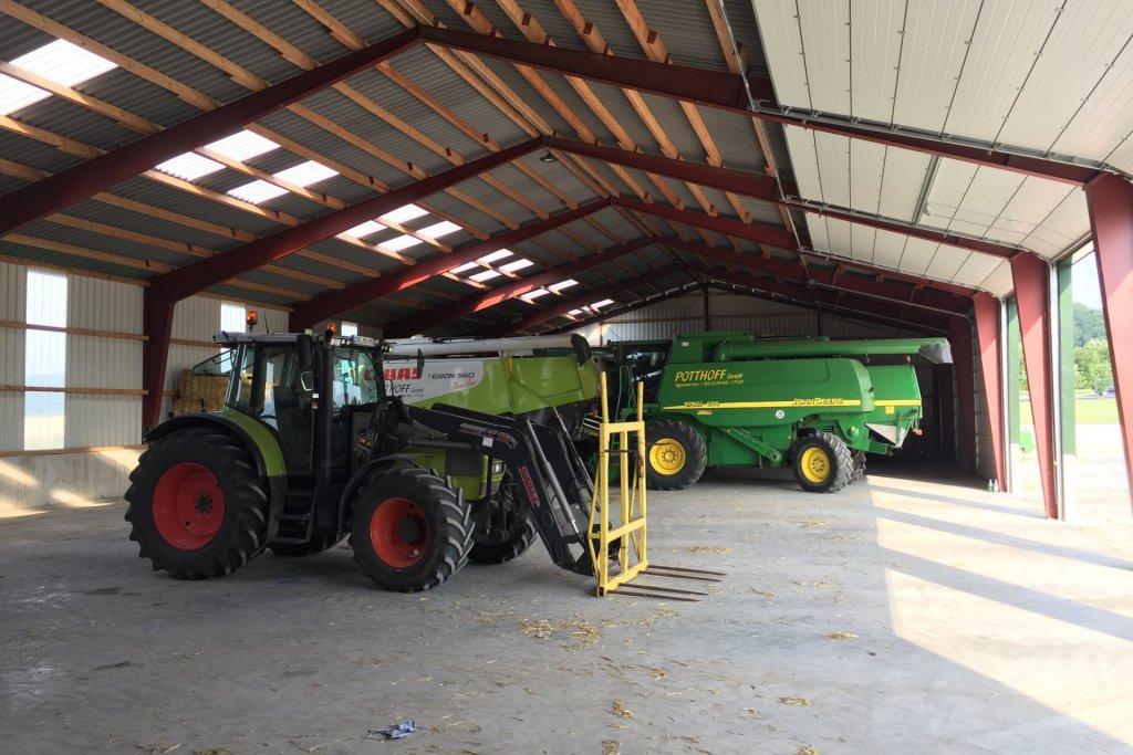Landwirtschaftlichen Lager- und Mehrzweckhalle